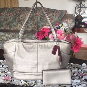 Coach park leather tote & checkbook holder